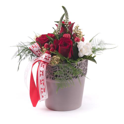 """Hnedý flower pot """"S"""" červené ruže"""