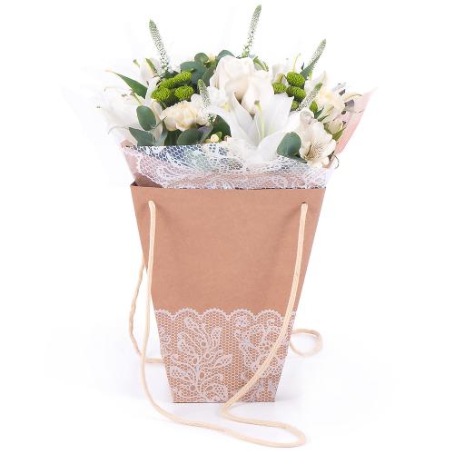 Flower bag biele kvety a zelené santíny