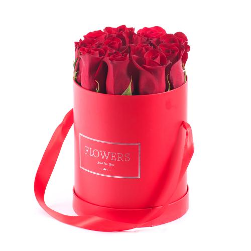 Flower box červený ovál červené ruže