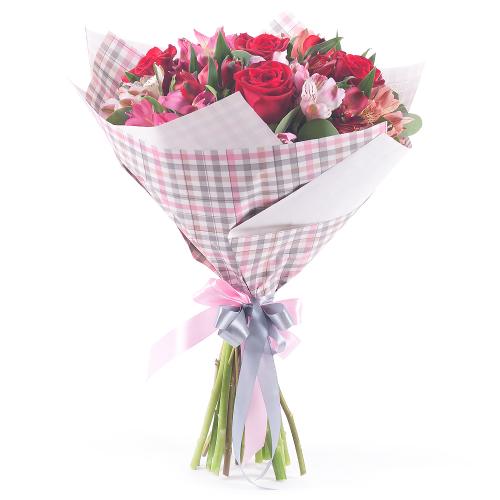 Sweet červené ruže a alstromérie